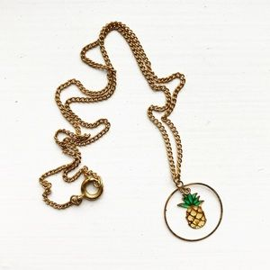 Thin & dainty gold pineapple charm necklace